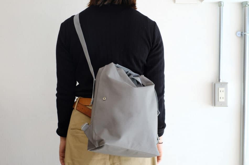 自転車使いやすいバッグ StitchandSewスナップバッグパック