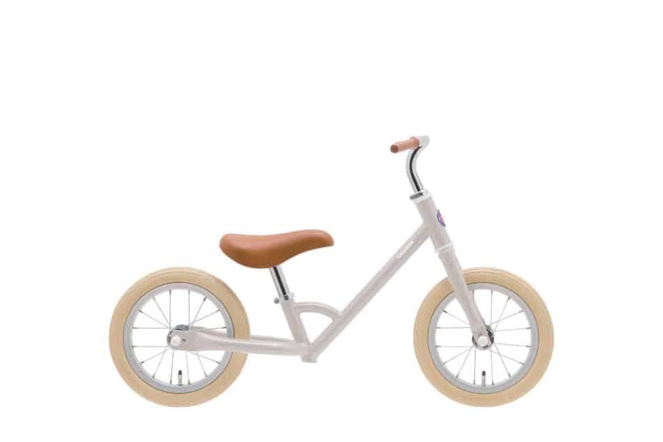 2歳から乗れるキックバイクtokyobike paddle