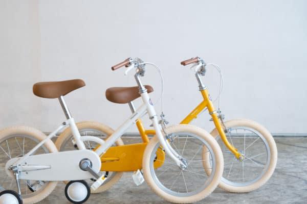 3歳から乗れるこどもの自転車little tokyobike