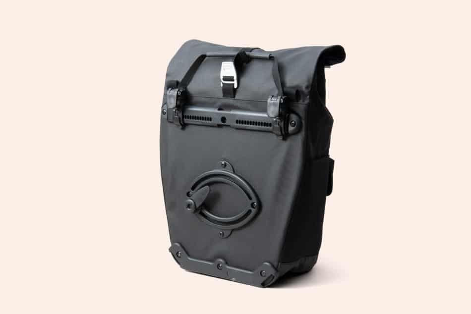 BROOKS 自転車通勤に使いやすいパニアバッグ